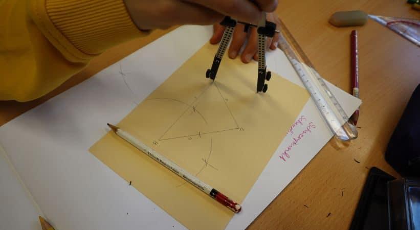 Die 7. Klasse in der Geometrieepoche (Dez./Jan.)
